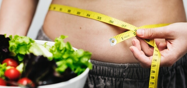 4 Foods to Eat to Stop Your Bloated Stomach